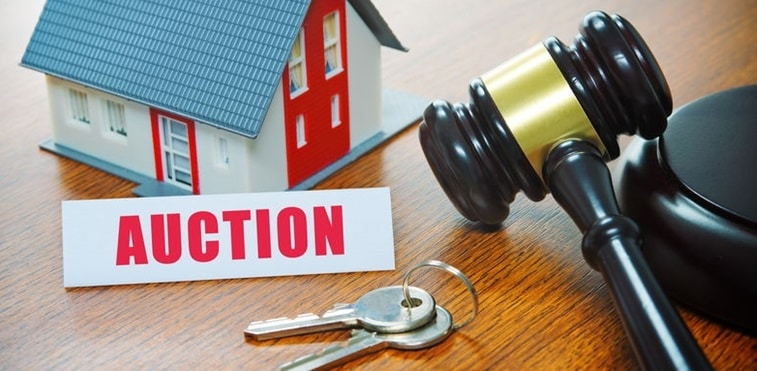 Auction homes are being transacted close to their opening prices